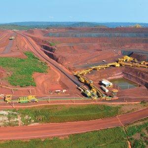 Mineração, Cimento & Petróleo